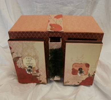 >Family Remembrance WW 1 & WW 2 Keepsake Box and Album (Kit)
