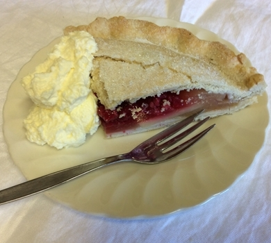 >Apple & Raspberry Pie