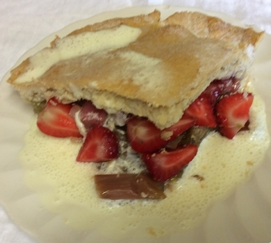 >Rhubarb & Strawberry Pie