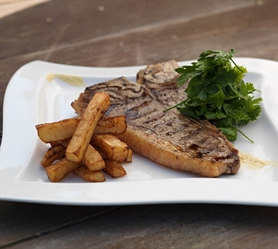 >Beef - T-Bone Steak (10oz)