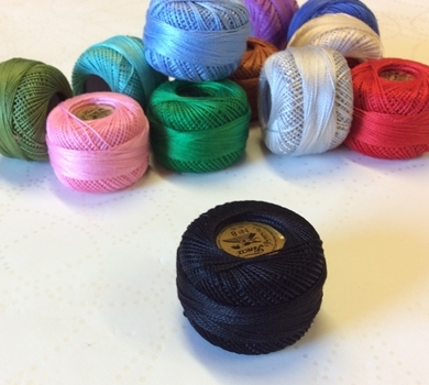 >Finca Lace Thread No.8 in Black c/0007